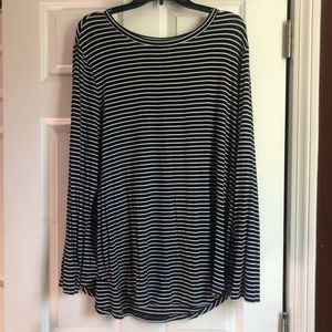 Old Navy Black and White Striped Long Sleeve